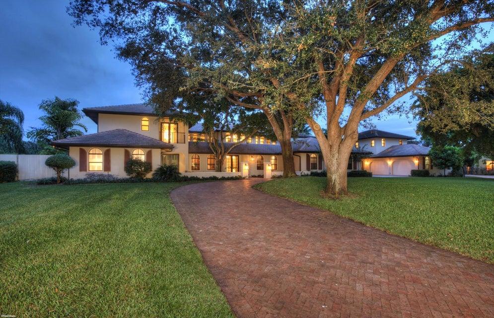 17552 Fieldbrook Circle E, Boca Raton, FL 33496