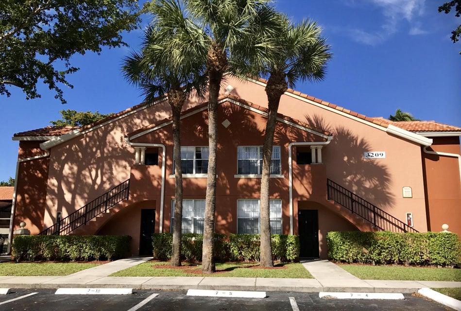 3209 Clint Moore Road 207, Boca Raton, FL 33496
