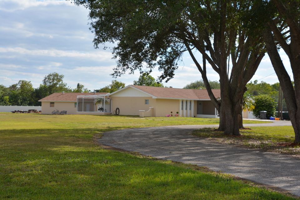 16420 Rustic Road, Wellington, FL 33470