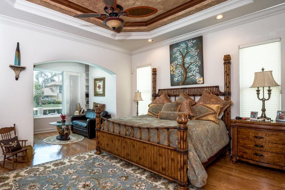 017_Master Bedroom