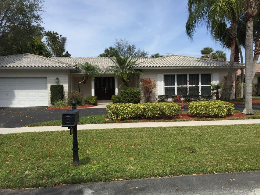 6803 N Grande Drive  Boca Raton FL 33433