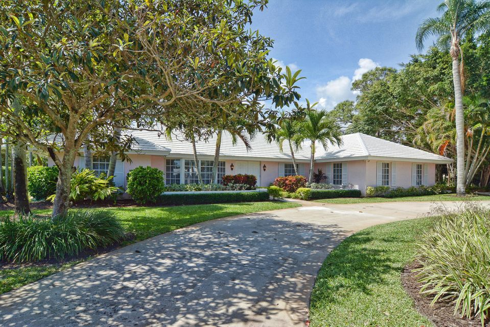 38 Tortoise Lane, Tequesta, FL 33469