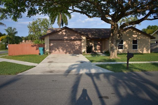 762 NW 11th Street, Boynton Beach, FL 33426