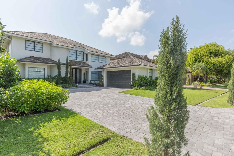 2881 Polo Island Drive, Wellington, FL 33414