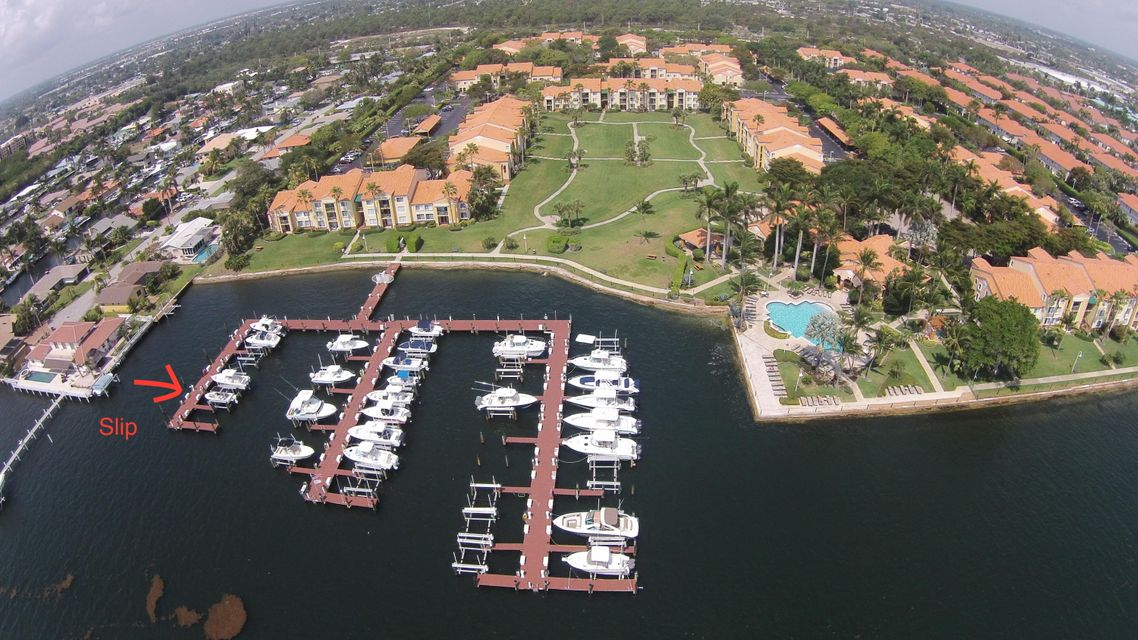 111 Yacht Club Way 102, Hypoluxo, FL 33462