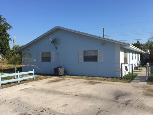 Duplex for Sale at 1215 Alto Road 1215 Alto Road Lantana, Florida 33462 United States