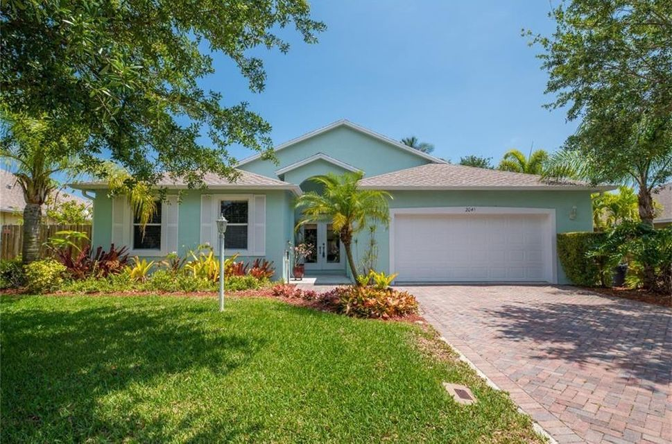 2041 NE Steven Avenue, Jensen Beach, FL 34957
