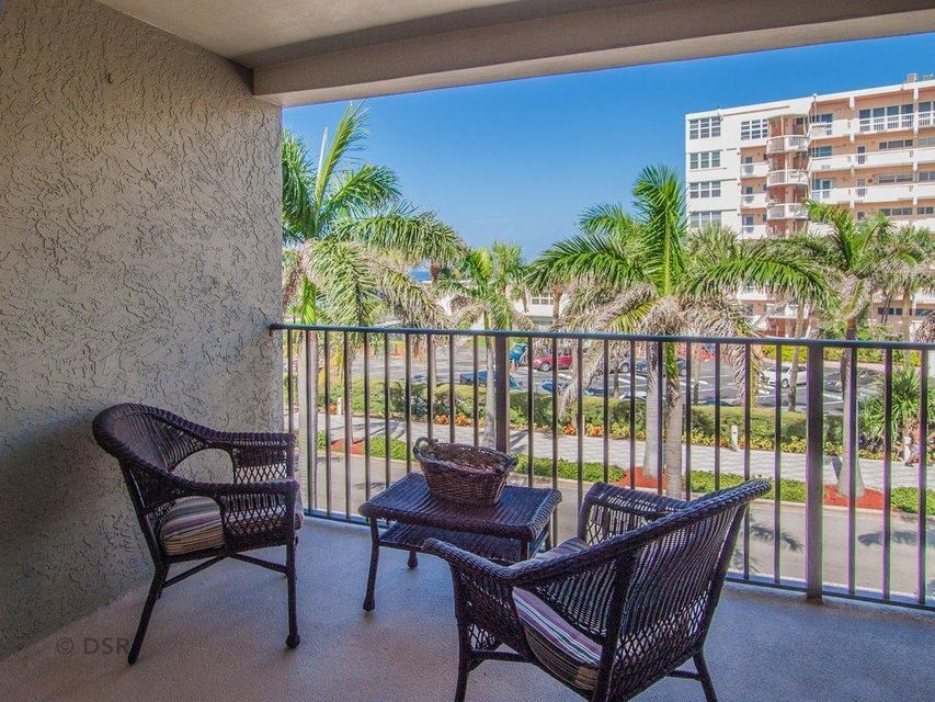 Co-op / Condo for Rent at 445 SE 21st Avenue 445 SE 21st Avenue Deerfield Beach, Florida 33441 United States