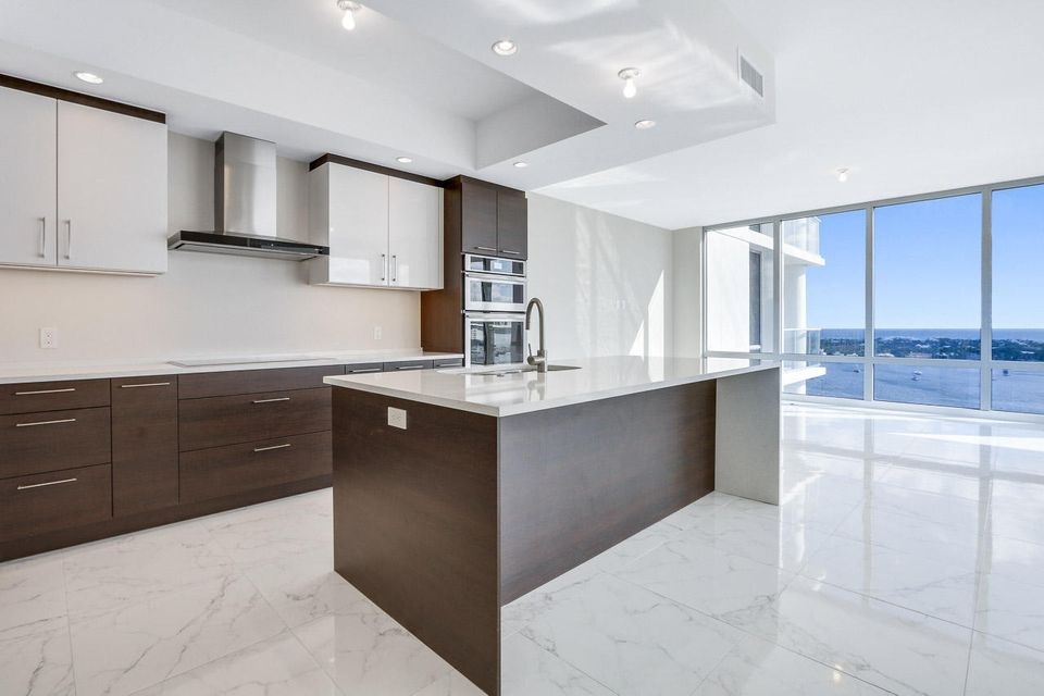 Co-op / Condo for Sale at 2 Water Club Way 2 Water Club Way North Palm Beach, Florida 33408 United States