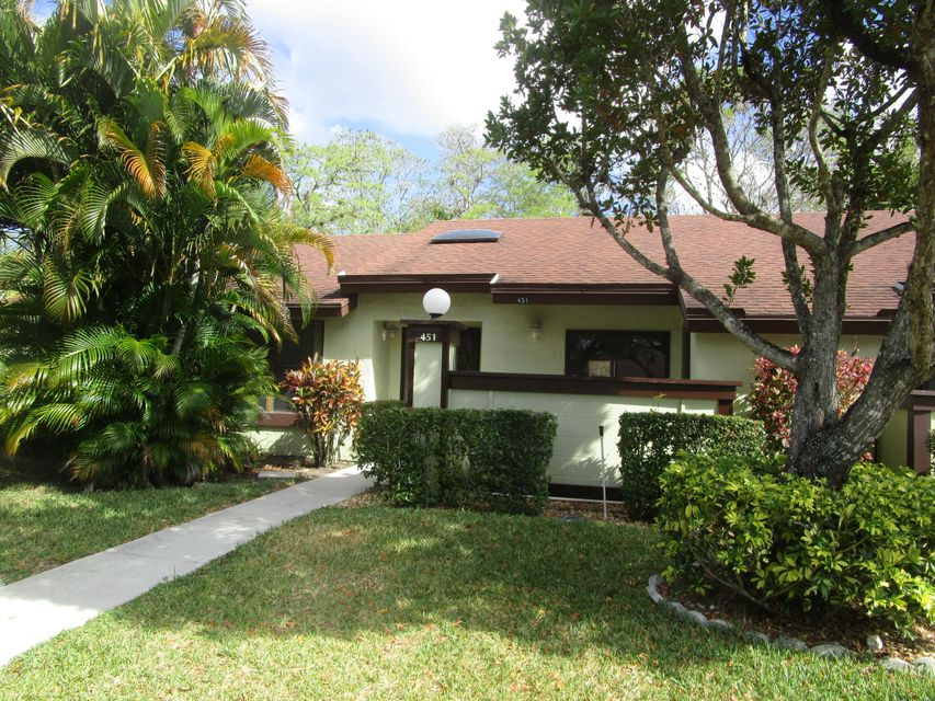 451  Knollwood Court is listed as MLS Listing RX-10329885 with 28 pictures