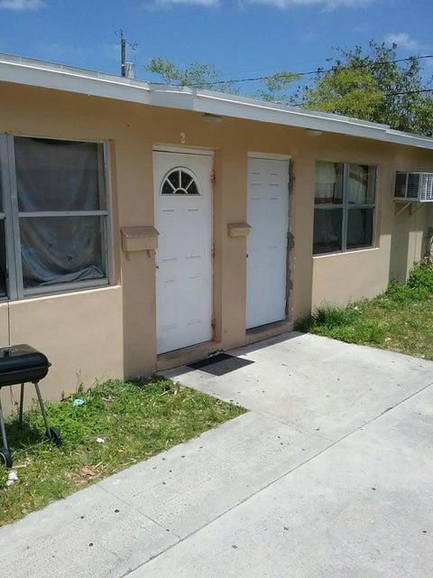 1002 S A Street, Lake Worth, FL 33460