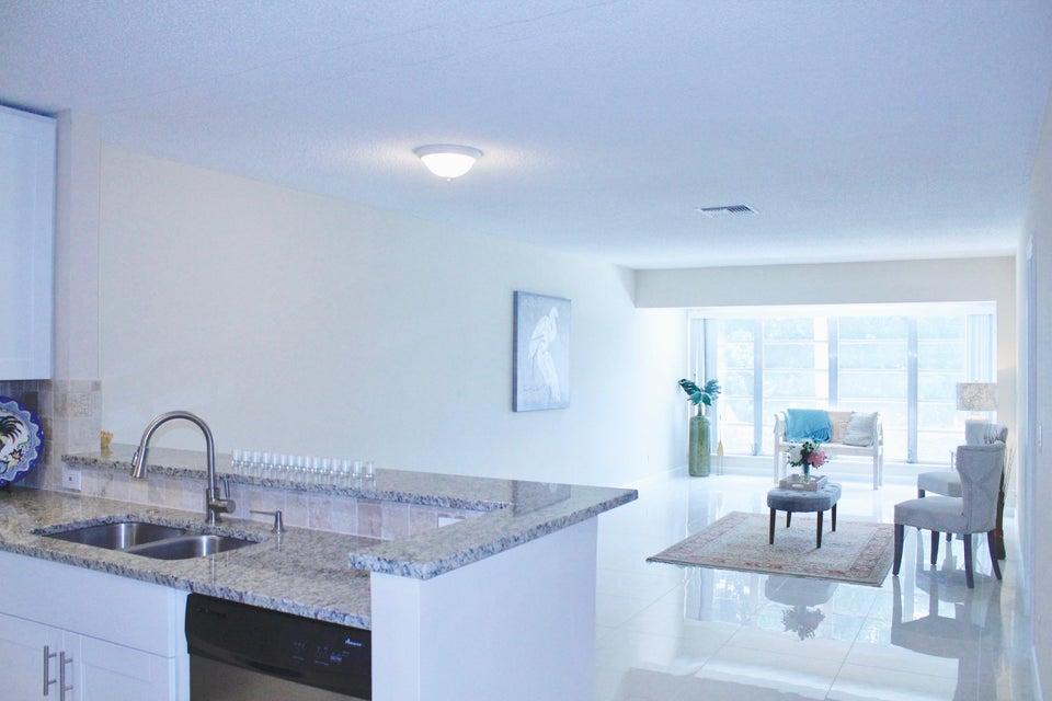 1141 Calamondin Terrace 204, Delray Beach, FL 33445