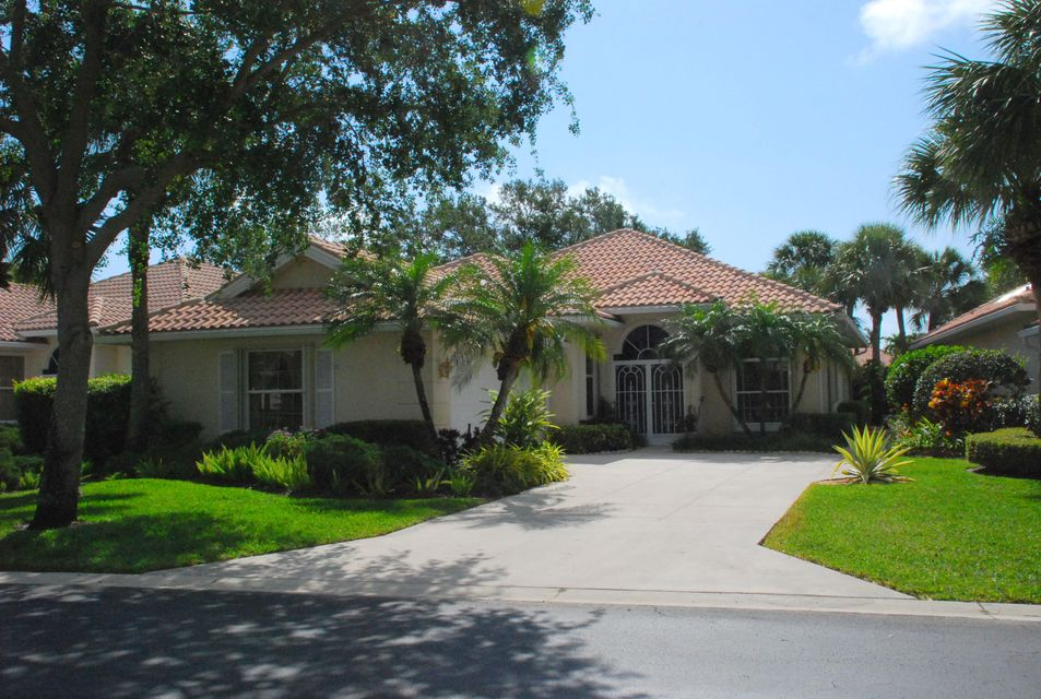 106 Winter Club Court , Palm Beach Gardens FL 33410 is listed for sale as MLS Listing RX-10329926 33 photos