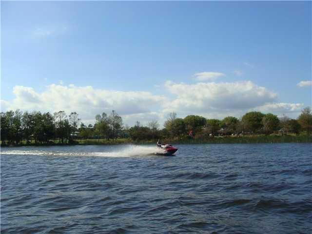 Jet ski Lake Ida