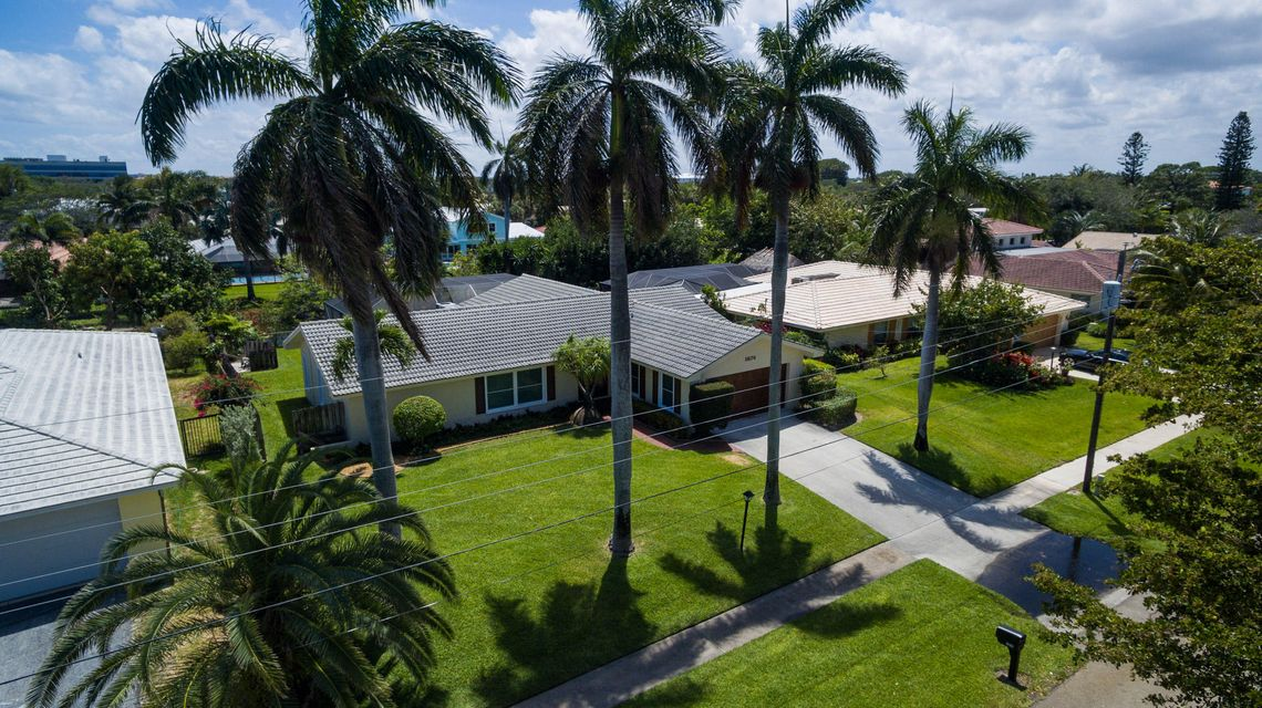 1874 Ascott Road, North Palm Beach, FL 33408