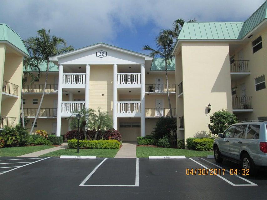 22 Colonial Club Drive 300, Boynton Beach, FL 33435