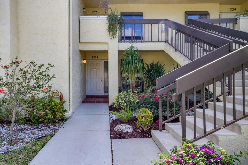 16768 Oakhill Trail 1213, Delray Beach, FL 33484