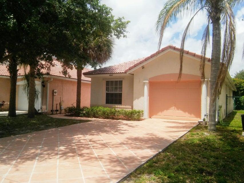 4867 Concordia Lane, Boynton Beach, FL 33436