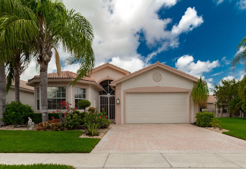 8237 Azure Coast Boulevard, Lake Worth, FL 33467