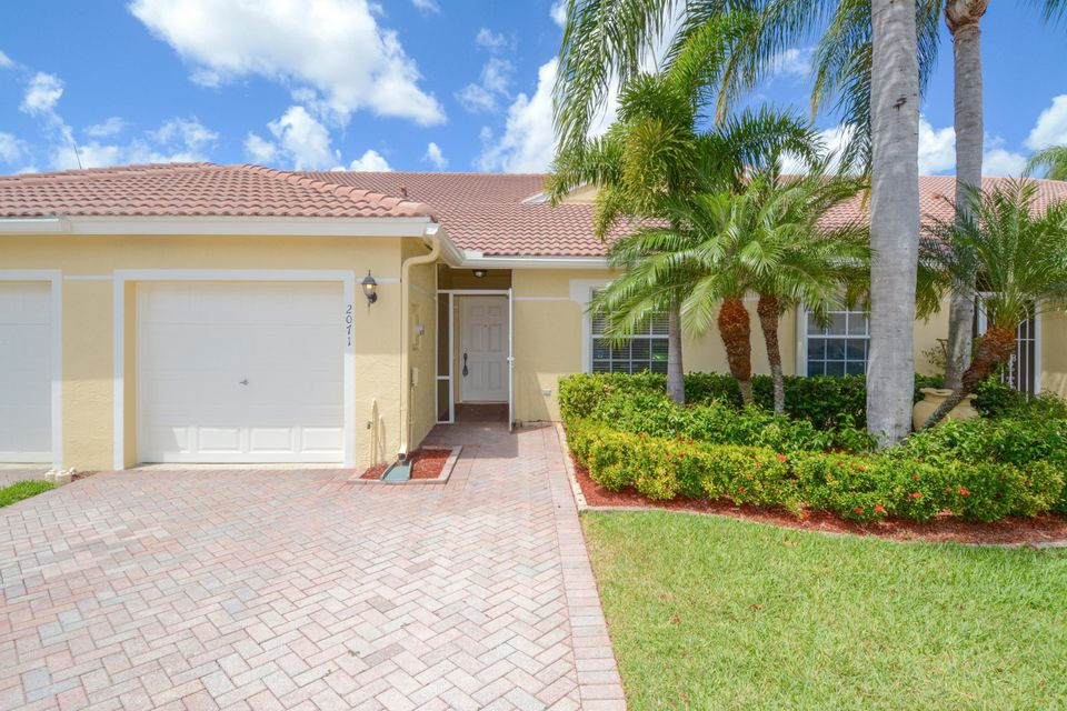 2071 Stonington Terrace  West Palm Beach, FL 33411