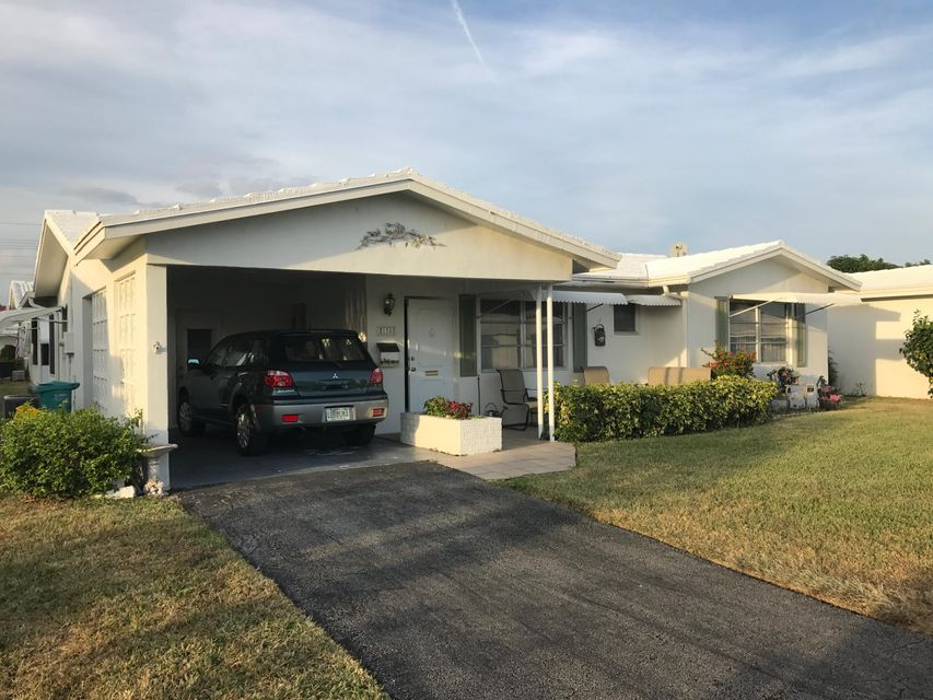 138 Ocean Court, Boynton Beach, FL 33426