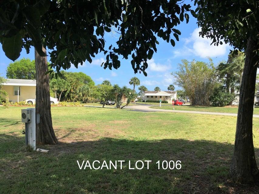 Agricultural Land por un Venta en 4237 72nd Street 4237 72nd Street Riviera Beach, Florida 33404 Estados Unidos
