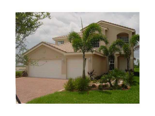 8255 Emerald Winds Circle, Boynton Beach, FL 33473
