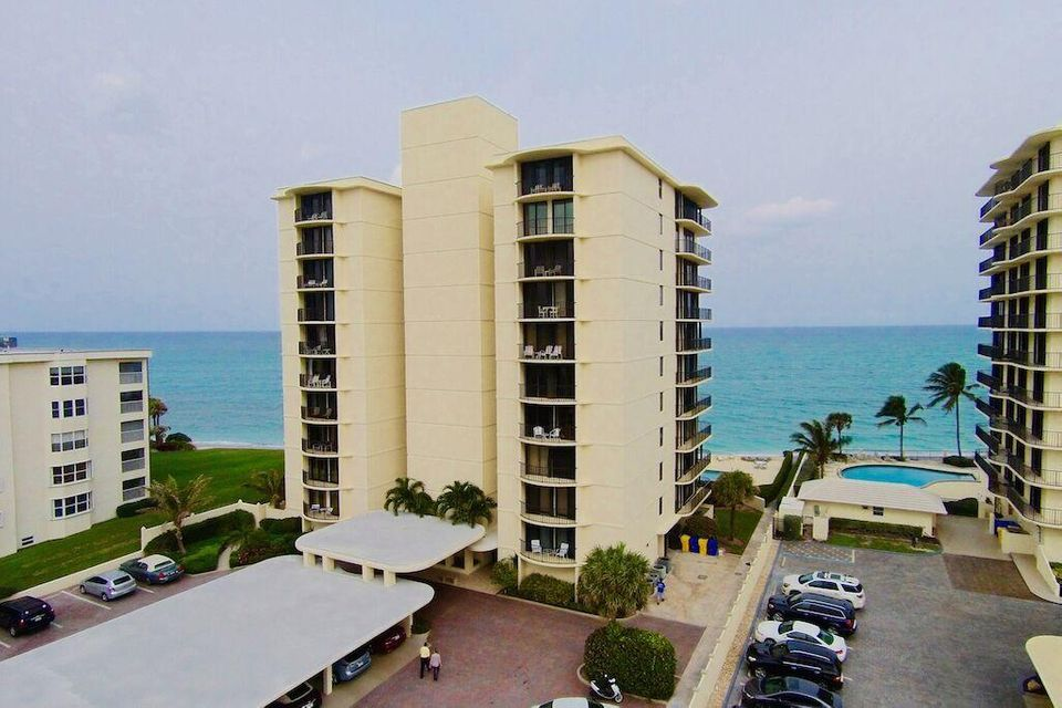Co-op / Condo for Rent at 200 Beach Road 200 Beach Road Tequesta, Florida 33469 United States