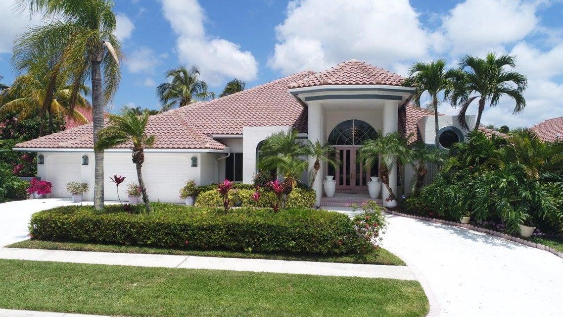 6711 Newport Lake Circle, Boca Raton, FL 33496