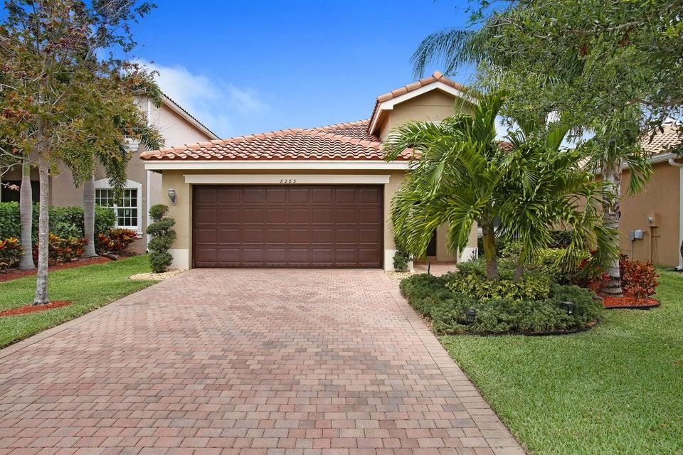 8283 Calabria Lakes Drive, Boynton Beach, FL 33473