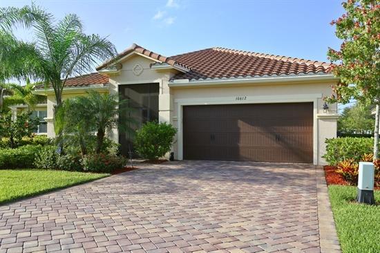 10612 Ivanhoe Lane  Wellington, FL 33414