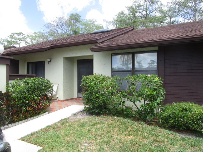 453  Knollwood Court is listed as MLS Listing RX-10331113 with 17 pictures