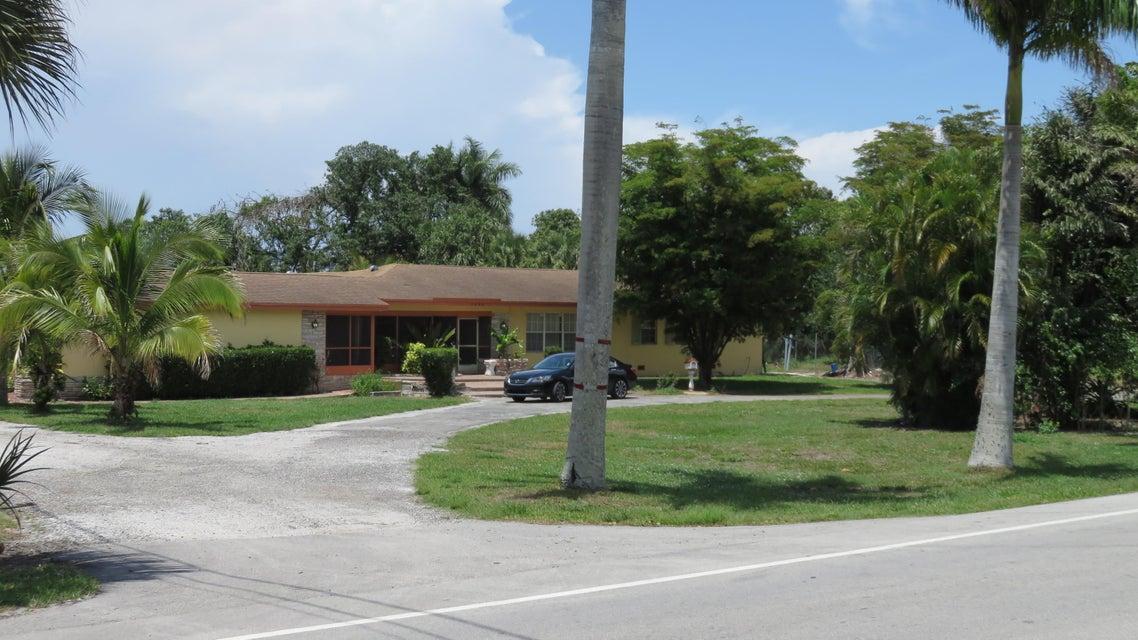 1649 E Main Street, Pahokee, FL 33476