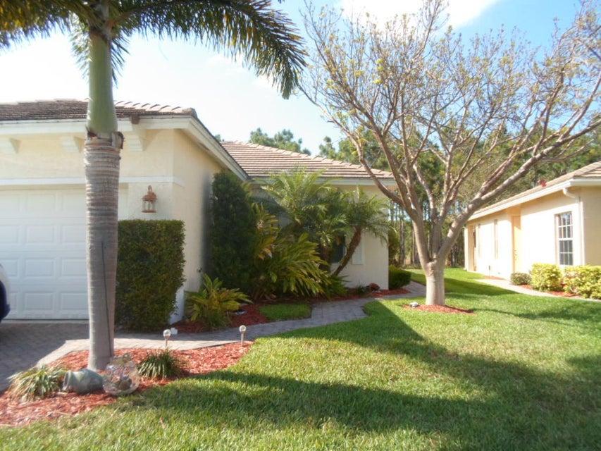 206 SW Maclay Way, Saint Lucie West, FL 34986