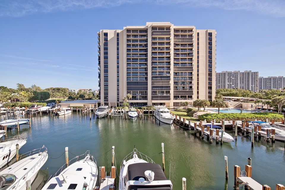 4748 S Ocean Boulevard 806, Highland Beach, FL 33487