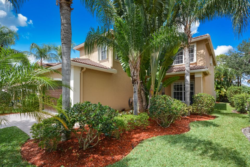 15767 Menton Bay Court, Delray Beach, FL 33446