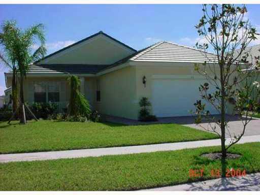131 NW Berkeley Avenue, Port Saint Lucie, FL 34986