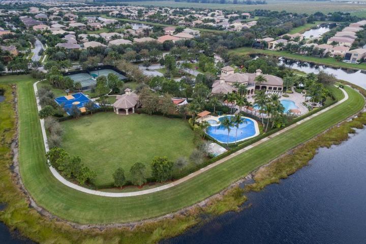 8339 Emerald Winds Circle Boynton Beach, FL 33473 - photo 49