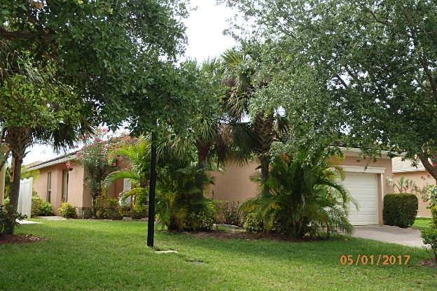 9950 SW Eastbrook Circle, Port Saint Lucie, FL 34987