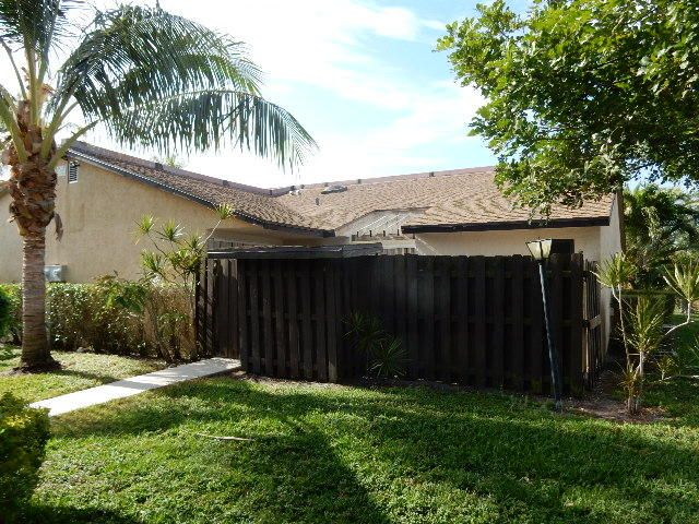 3602 Waterview Circle, Palm Springs, FL 33461