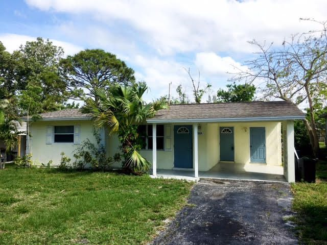 3184 SE Banyan Street, Stuart, FL 34997