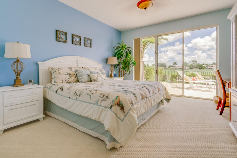 12_master-bedroom_8256 Heritage Club Dri