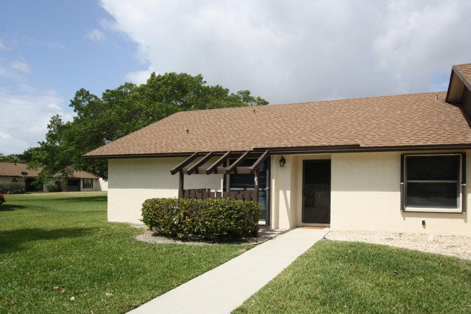 85 ViA De Casas Norte 85, Boynton Beach, FL 33426