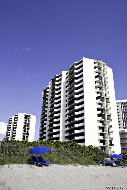 4200 N Ocean Drive 1-1404, Singer Island, FL 33404