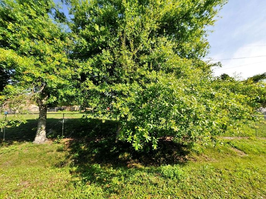 Additional photo for property listing at Peak Road Peak Road Fort Pierce, Florida 34981 United States