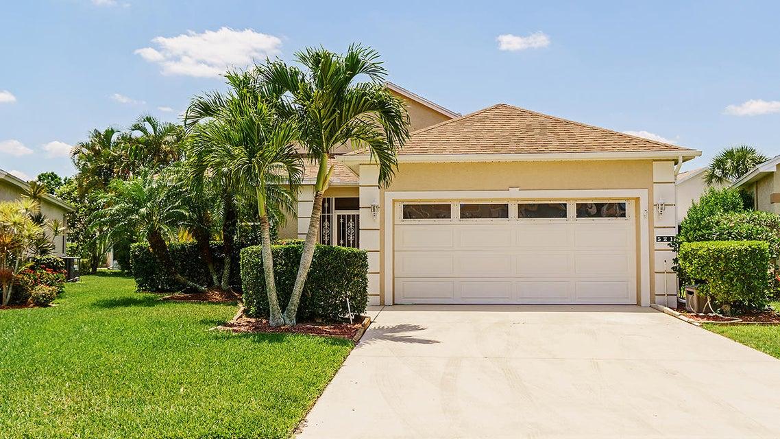 521 NW Galatone Court, Port Saint Lucie, FL 34986