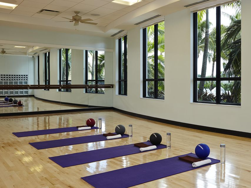 CLUB - Yoga Studio