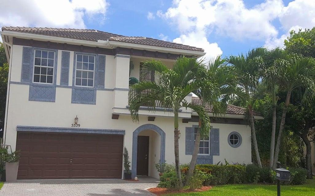 5529 American Circle, Delray Beach, FL 33484