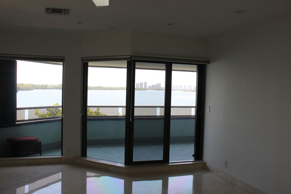 Additional photo for property listing at 100 Lakeshore Drive 100 Lakeshore Drive 北棕榈滩, 佛罗里达州 33408 美国