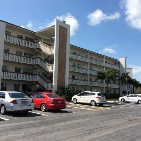 4053 Hythe C, Boca Raton, FL 33434